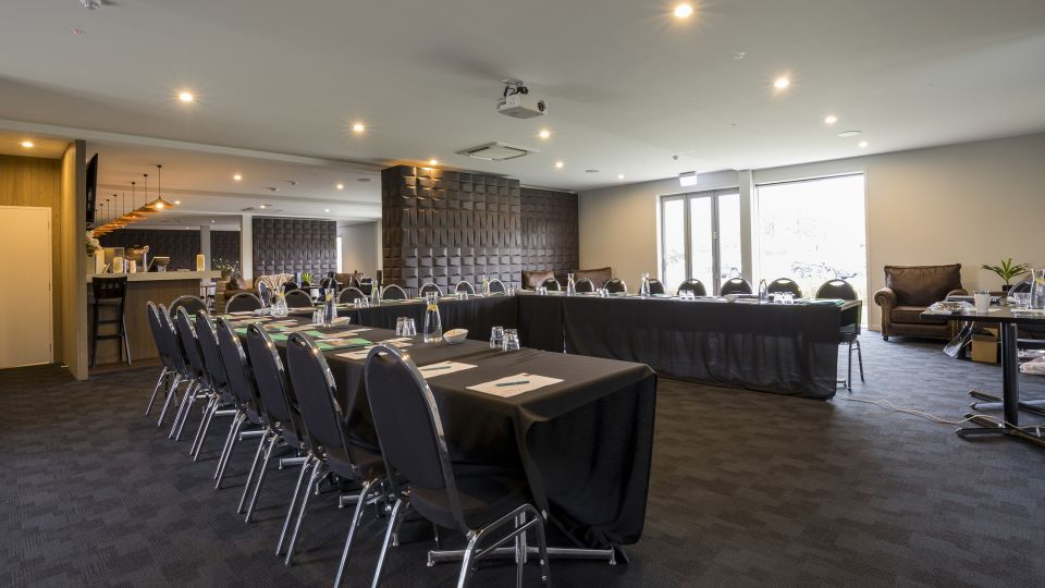 Heritage Collection Lake Resort Cromwell The Moorings Conference Room